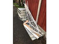 Bundle of aluminium & plastic, free to collect
