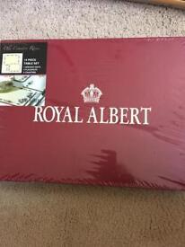 Royal Albert mats new