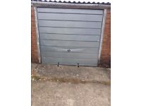 SINGLE GARAGE TO LET BRACKNELL RG12 7QB £86 pm Deposit £100 refundable £40 admin fee