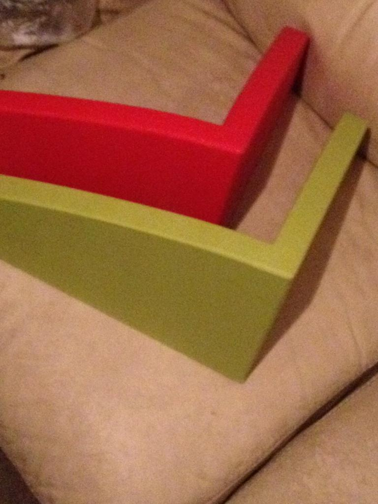 Plastic Children's Shelves