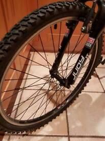 """Gary Fisher 'Wahoo' Mountain Bike 18"""""""