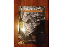Cerddi'r Cewri - Book of Welsh Poems for Learners