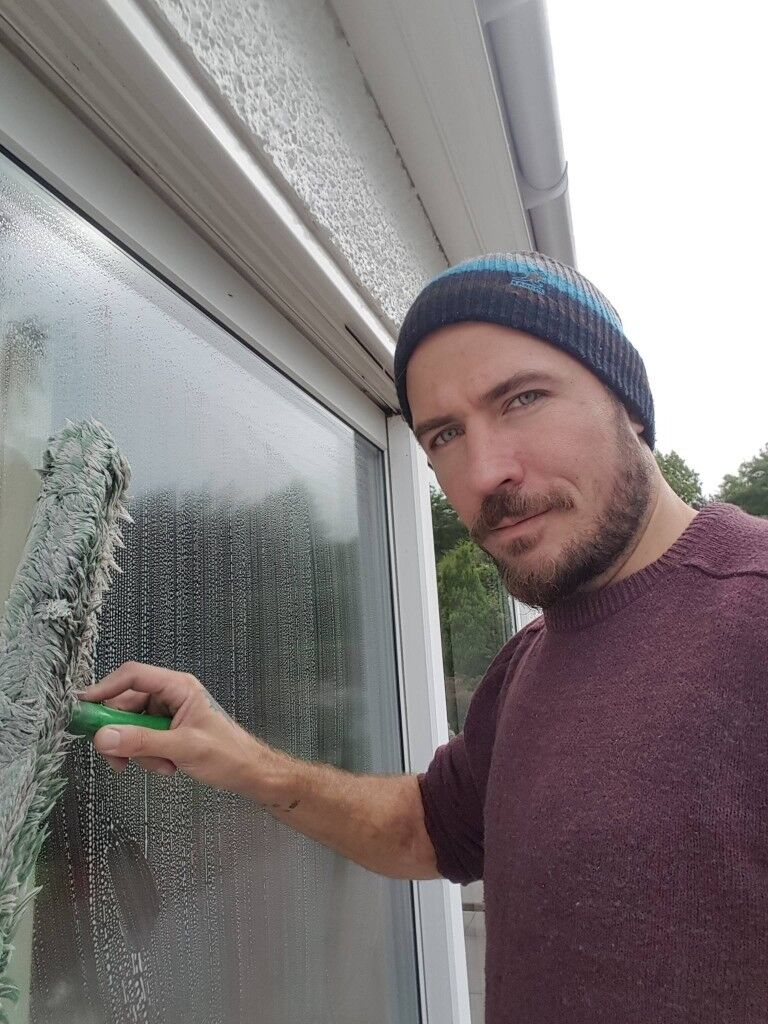 Glasgow and East Renfrewshire High Definition Window Cleaning Services (Window Cleaner) *ALL AREAS*