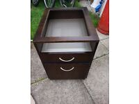 BEAUTIFUL COFFEE TABLE IN MAHOGANY WITH FROSTED GLASS TOP NEW/office drawer