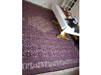 Large woven wool rug 4mtr x 3mtr, excellent condition.