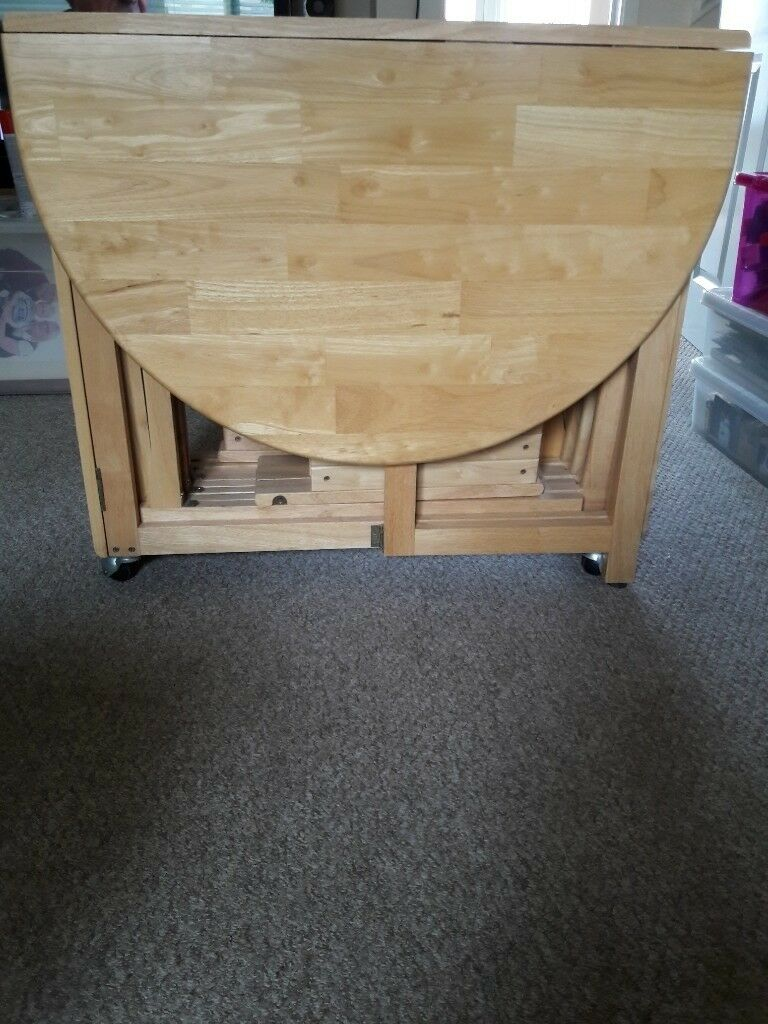 bifold table with 4 chairs