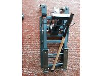 Motorcycle lift ideal for Harley and custom. Bikes