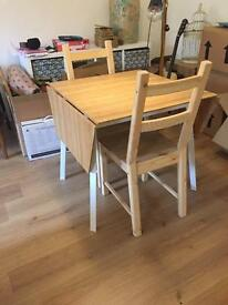 Stylish Scandi Dinning Table