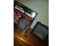 Roland Micro Cube - Guitar Amp - Effects - DC 9 V and Battery Powered