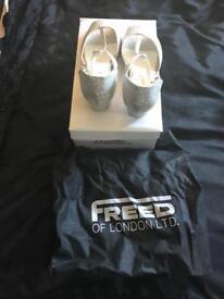 Dancing shoes sparkle size 5