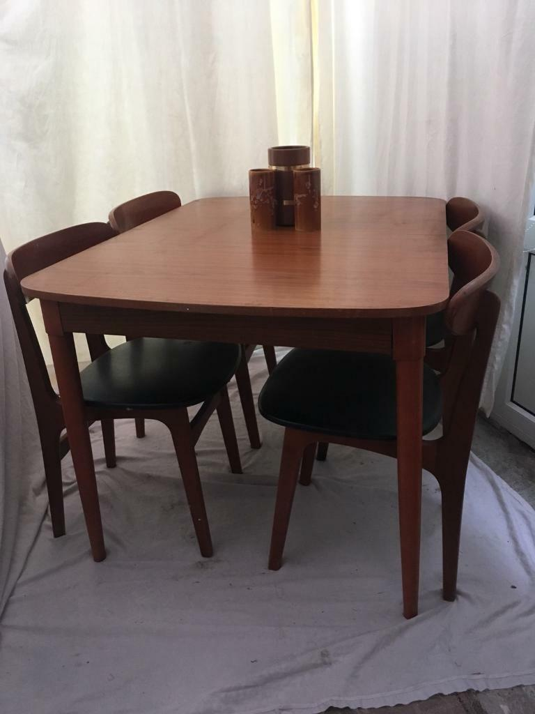 VINTAGE dining table and 4 chairs EXTENDABLE to seat 6 ...