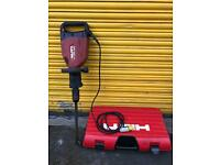 HILTI TE1000AVR Demolition Breaker 110V With Chisel & Carry Case - Very Good Condition
