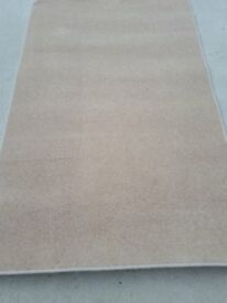 New off white rug 4 ft 10 ins x 3 ft 1 in £12