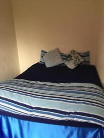 1 double bedroom 75 pw