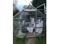 Free green house good condition