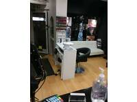 Nail technician to rent or microbading in West wickham at beautiful you