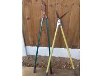 2 pairs of garden shears