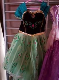 Frozen fever dress up
