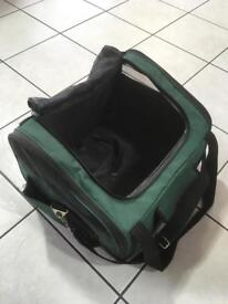 Pet carrier travel crate