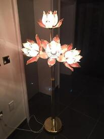 4 glass flowers lamp with brass base