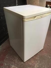 Beautiful clean fridge freezer