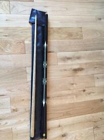 Buffalo cue with carry case