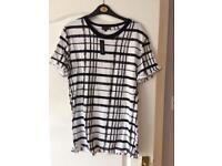 River Island t shirt Size small brand New with tags