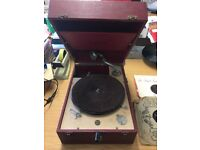 Vintage Gramophone Decca 50 includes vinyls as pictured in photos