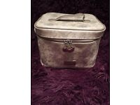 Laura Ashley Home Soames Vantiy Cosmetic Case - used twice. PERFECT CONDTION