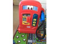 Little tikes cozy coupe petrol pumper