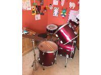 Drum kit for sale.. ideal for beginner
