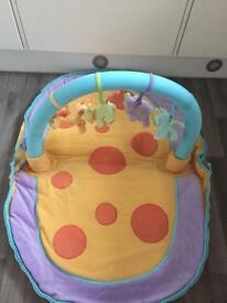 Baby's washable Yellow Playmat