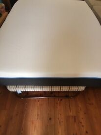 Luxury Emma original king size memory foam mattress immaculate