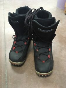 Snown boarding boots
