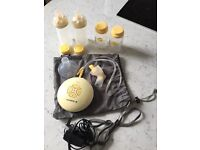 Medela Swing Breast Pump & Accessories £75