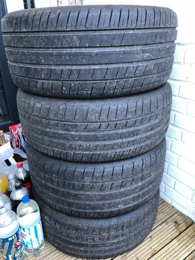 "Mercedes 20"" Dunlop Tyres (6-7mm) only done 1500 Miles!!"