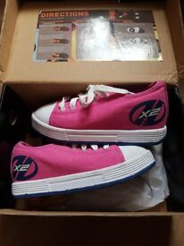 Heelys pink, size 2 (lace up)