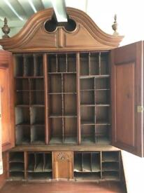 Dresser 1700s great solid condition