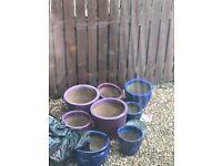 8 Plant pots
