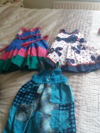 Huge bag of girls clothes aged 3-4 years