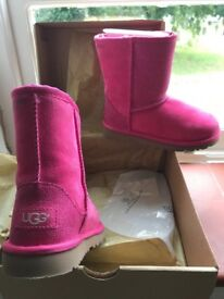 Genuine and authentic girls pink serene uggs size uk 10