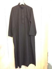 Brand new authentic JUNAID JEMSHED men very stylish Abaya/Kurta Eid wear winter size Medium