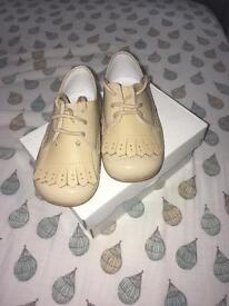 Pretty original shoes size 20