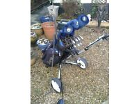 LOVELY PACKAGE SET OF GOLF CLUBS + BEAUTIFUL GOLF BAG + GOLF TROLLEY + LOADS EXTRA see pics TITLEIST