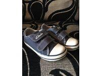 Clarks boys shoes/trainers size 6E