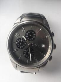 D and G watch