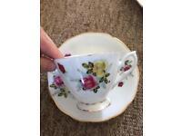 Vintage tea cups rose