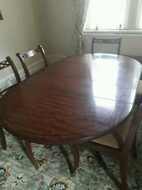 Extending table and 6 chairs