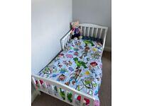 Toddler bed/mattress/toddler bedding