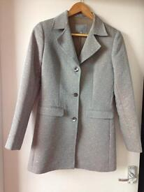 Luxurious Jigsaw single-breasted coat / jacket for women.